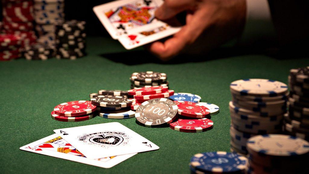 3 reyes casino games
